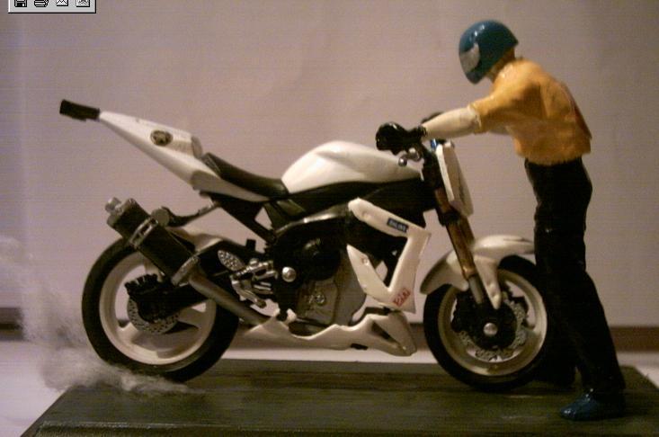 Sports Bikes Yamaha r1 Yamaha r1 Street Bike Stoppie